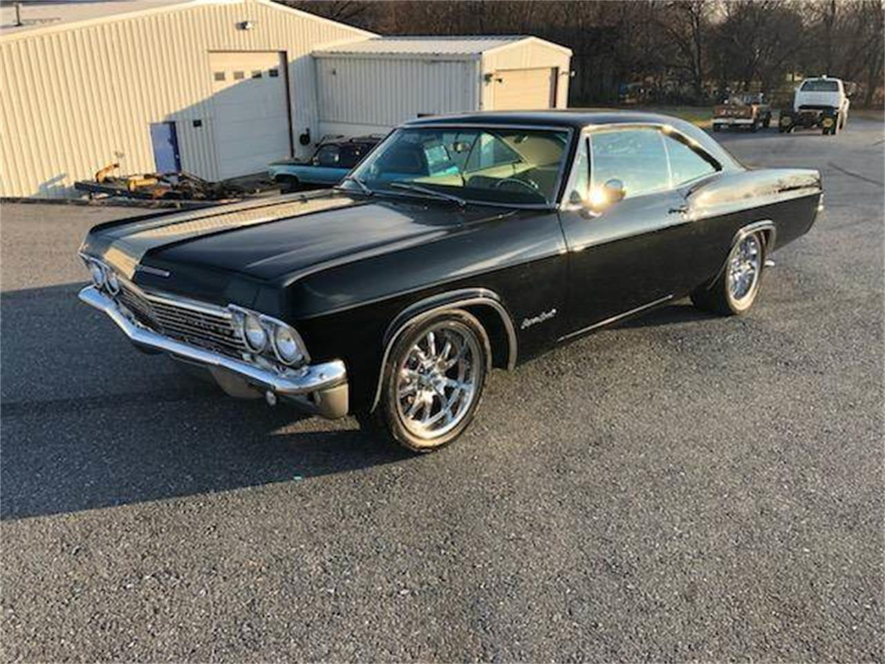 Large Picture of 1965 Chevrolet Impala SS Offered by Eric's Muscle Cars - Q3N6