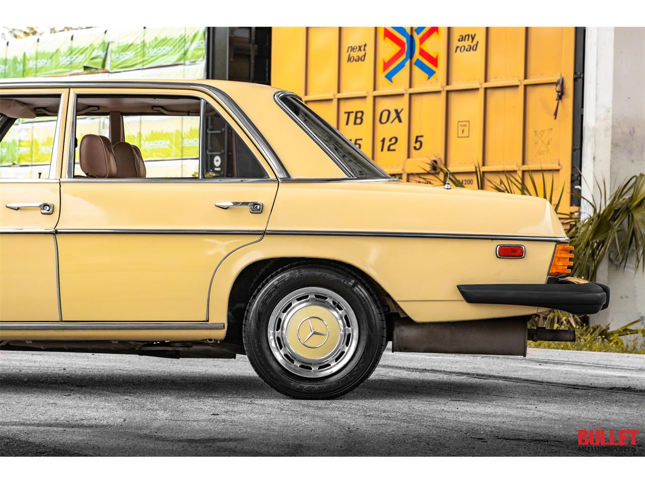 Large Picture of '76 Mercedes-Benz 300D Offered by Bullet Motorsports Inc - PXPA