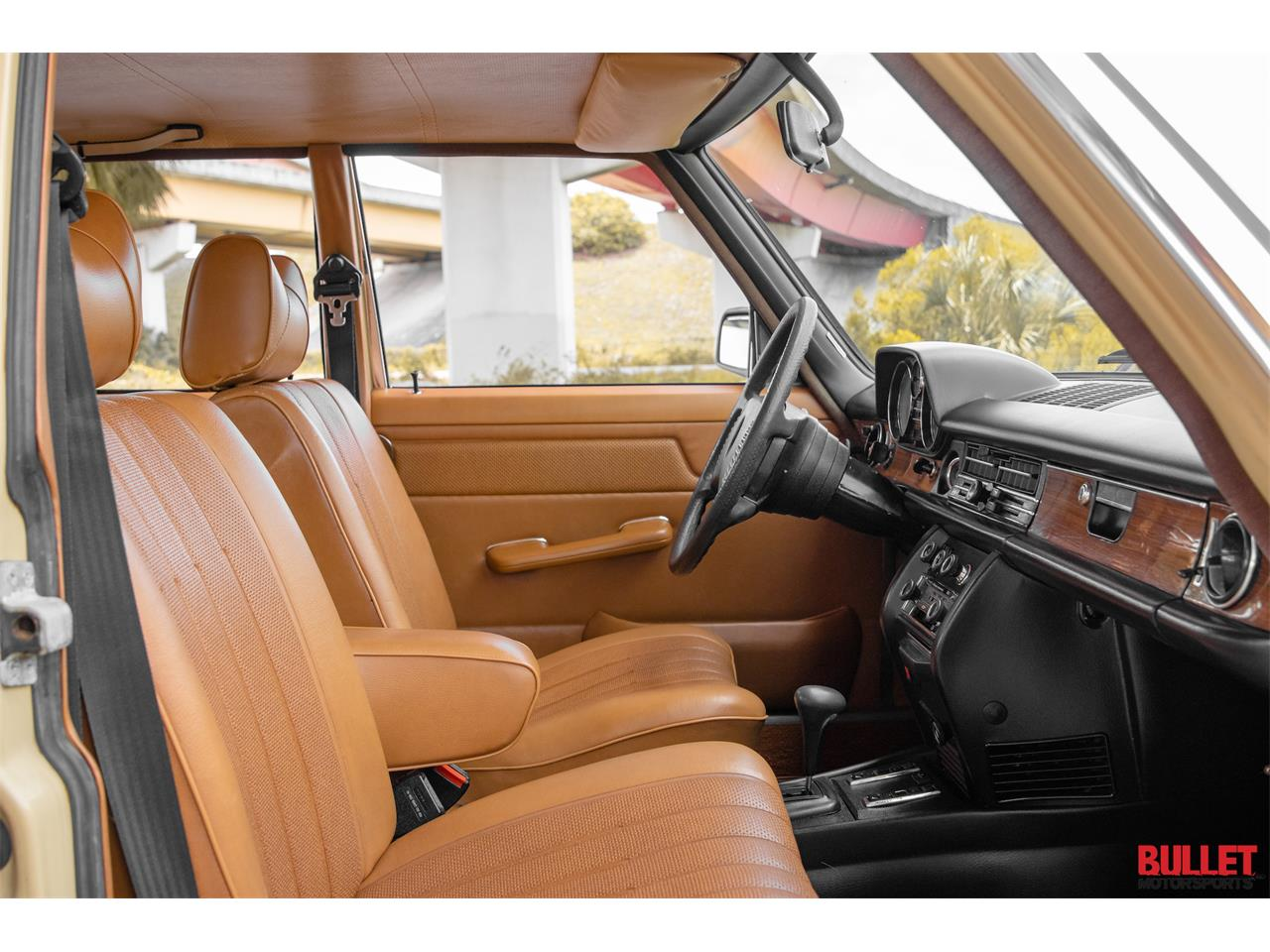 Large Picture of '76 Mercedes-Benz 300D located in Fort Lauderdale Florida - PXPA