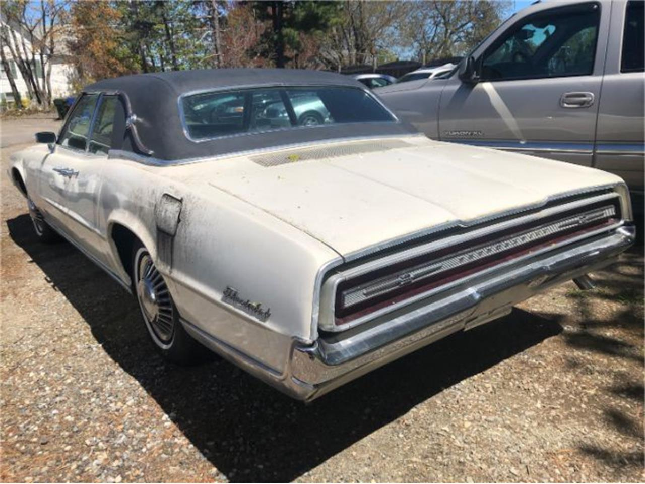 Large Picture of Classic 1967 Thunderbird - $9,495.00 Offered by Classic Car Deals - Q3O6