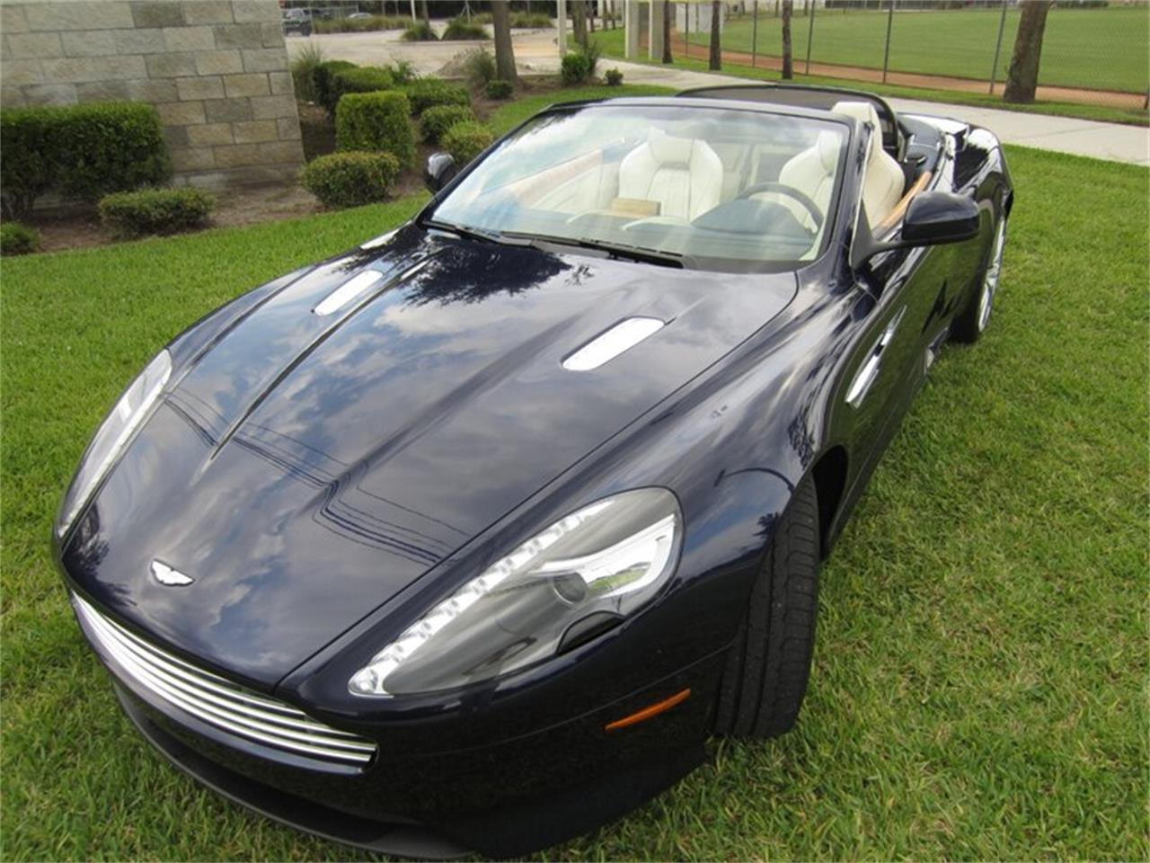 Large Picture of '12 Virage - Q3P4