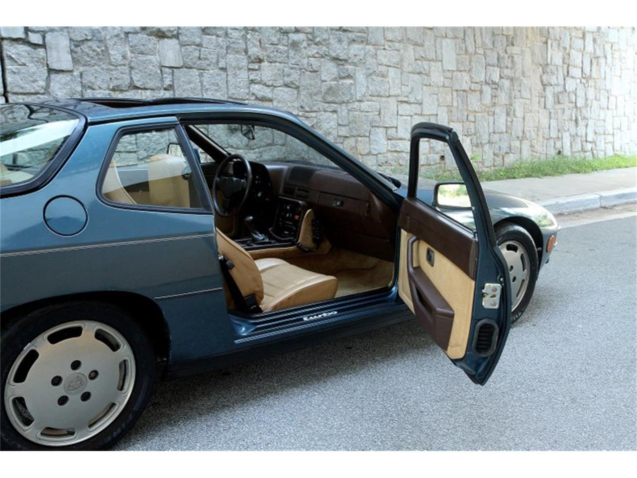 Large Picture of '80 Porsche 924 located in Atlanta Georgia Offered by Motorcar Studio - Q3PE