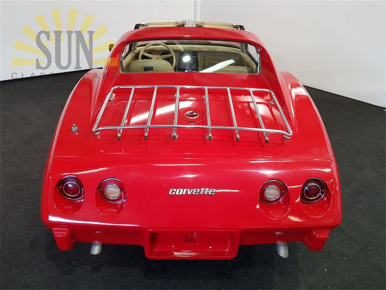Large Picture of '76 Corvette - PY8Y