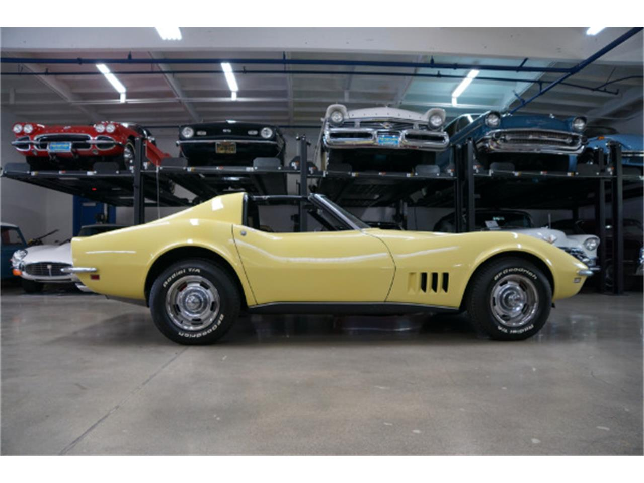 Large Picture of Classic '68 Chevrolet Corvette Offered by West Coast Classics - Q3PH