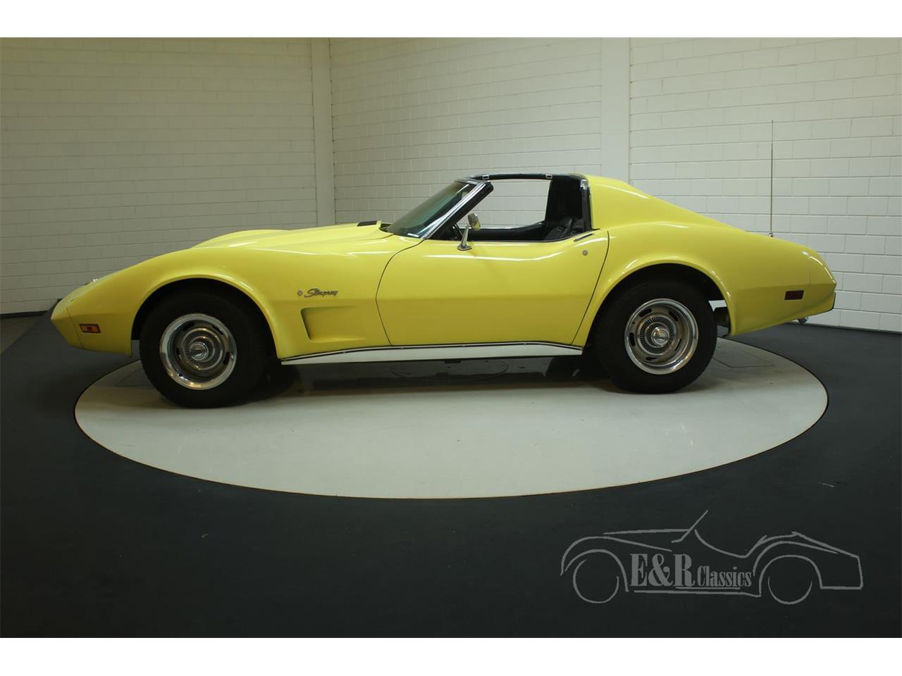 Large Picture of 1974 Corvette located in Waalwijk noord brabant Offered by E & R Classics - Q3R0