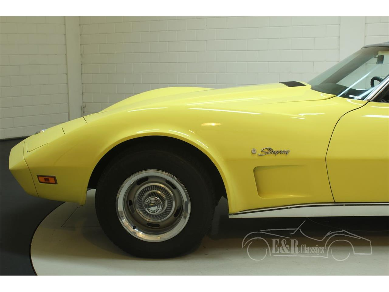 Large Picture of '74 Chevrolet Corvette Offered by E & R Classics - Q3R0