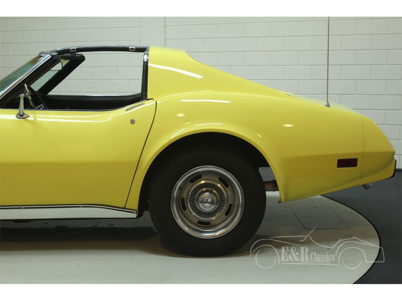 Large Picture of '74 Corvette - Q3R0
