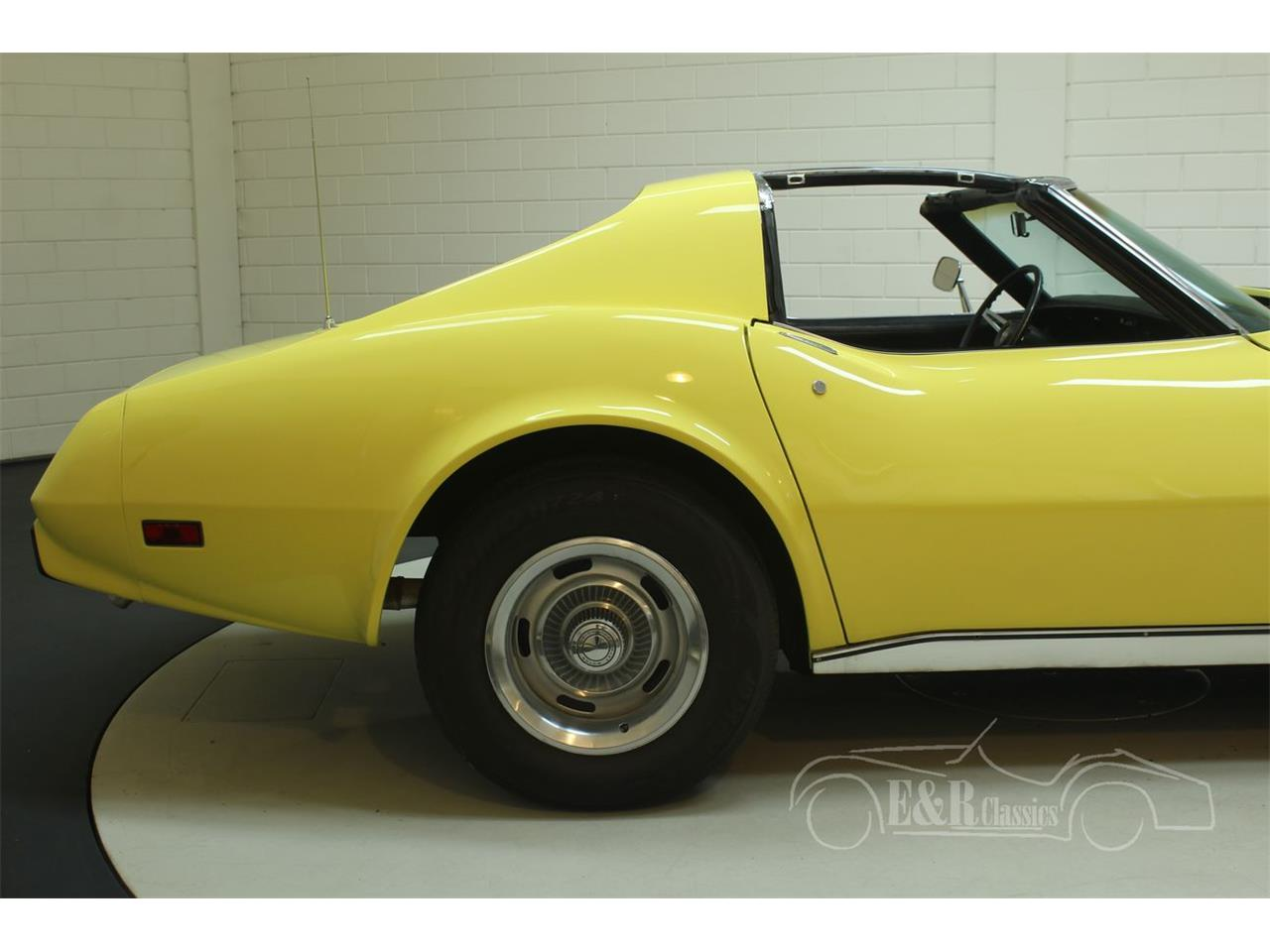 Large Picture of 1974 Corvette - $33,500.00 Offered by E & R Classics - Q3R0