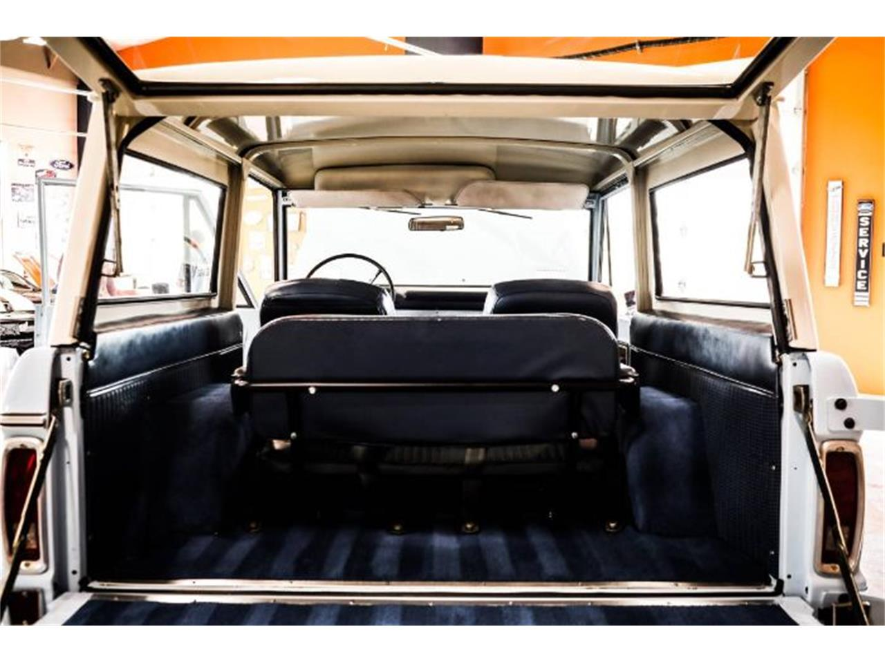 Large Picture of '74 Bronco - PY99