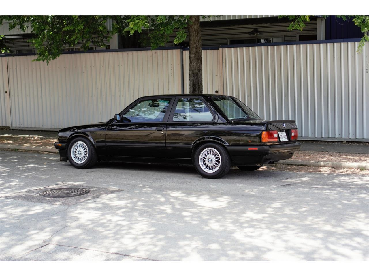 Large Picture of '90 3 Series Offered by Bring A Trailer - Q3WA