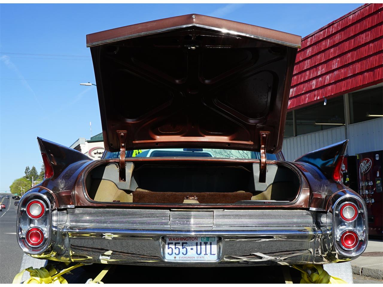 Large Picture of Classic 1960 Cadillac 2-Dr Coupe located in Davenport Washington - Q3YG