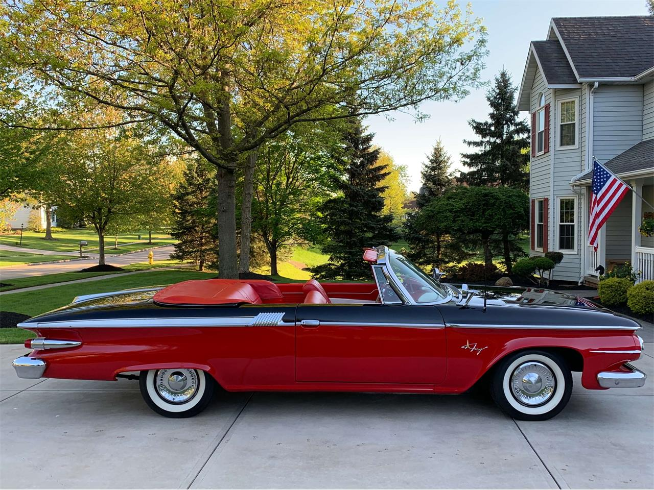 Large Picture of Classic '61 Fury - $39,900.00 - Q3Z1