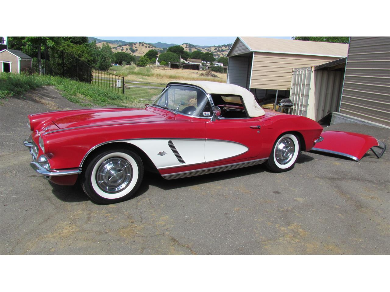 Large Picture of '62 Corvette - Q3Z8