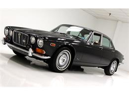 Picture of Classic '71 XJ6 located in Pennsylvania - Q3ZS