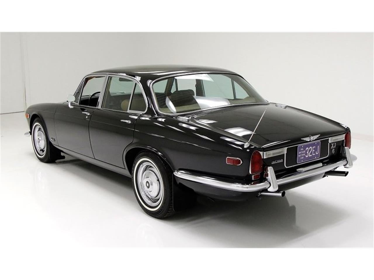 Large Picture of '71 XJ6 located in Morgantown Pennsylvania - $25,900.00 Offered by Classic Auto Mall - Q3ZS