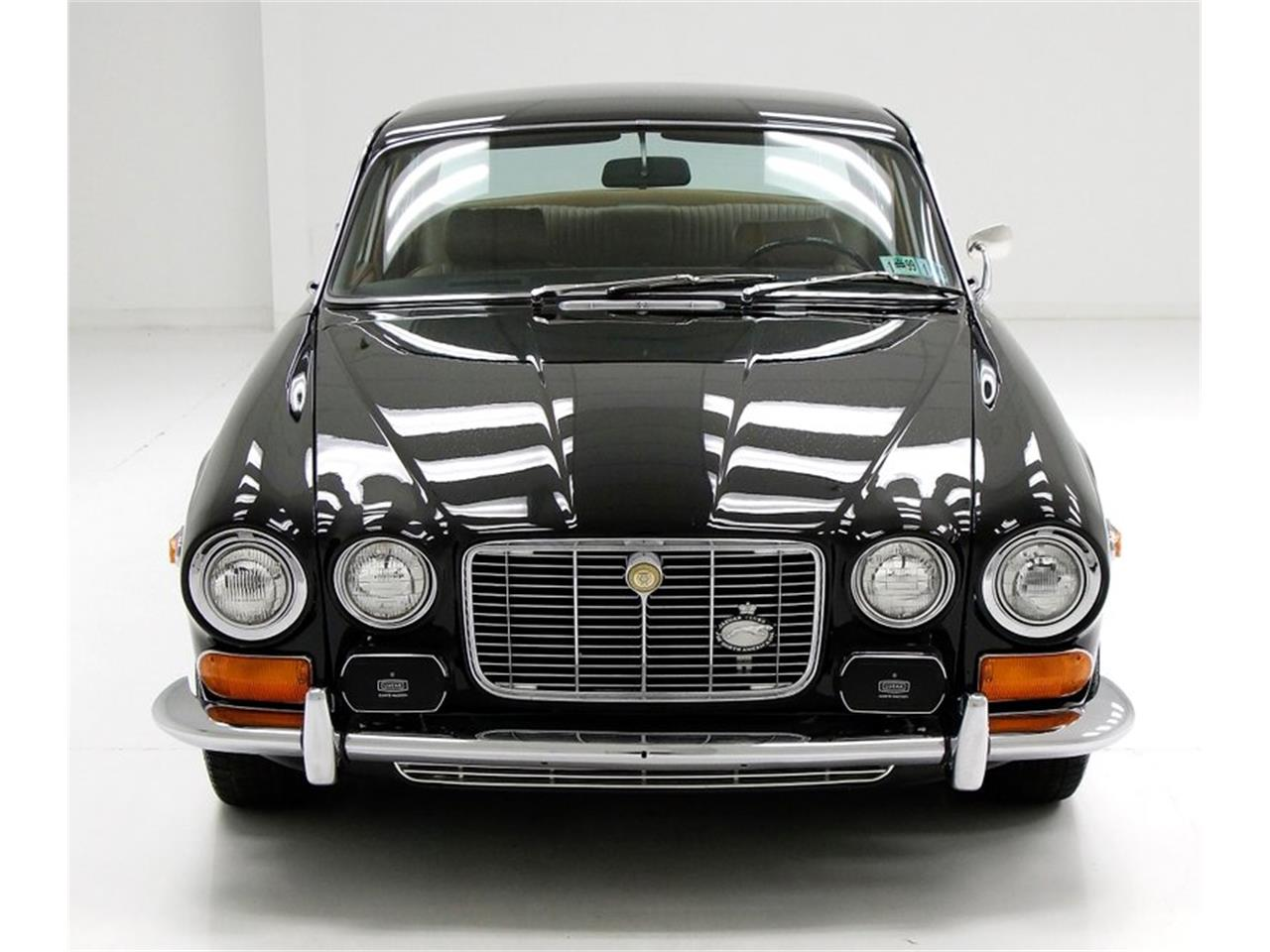 Large Picture of '71 XJ6 - $25,900.00 Offered by Classic Auto Mall - Q3ZS