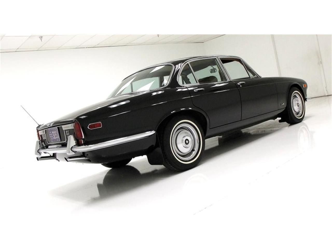 Large Picture of Classic 1971 XJ6 - $25,900.00 Offered by Classic Auto Mall - Q3ZS