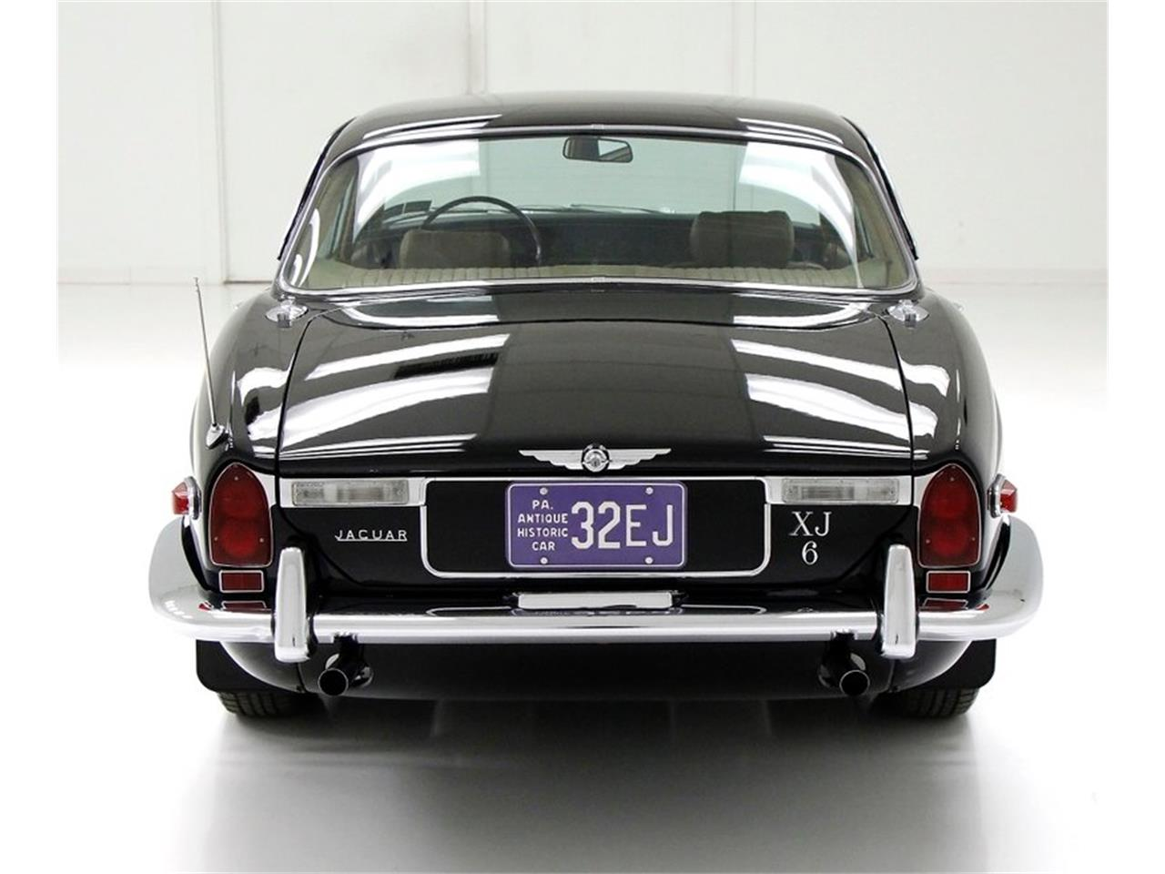 Large Picture of '71 XJ6 located in Pennsylvania Offered by Classic Auto Mall - Q3ZS