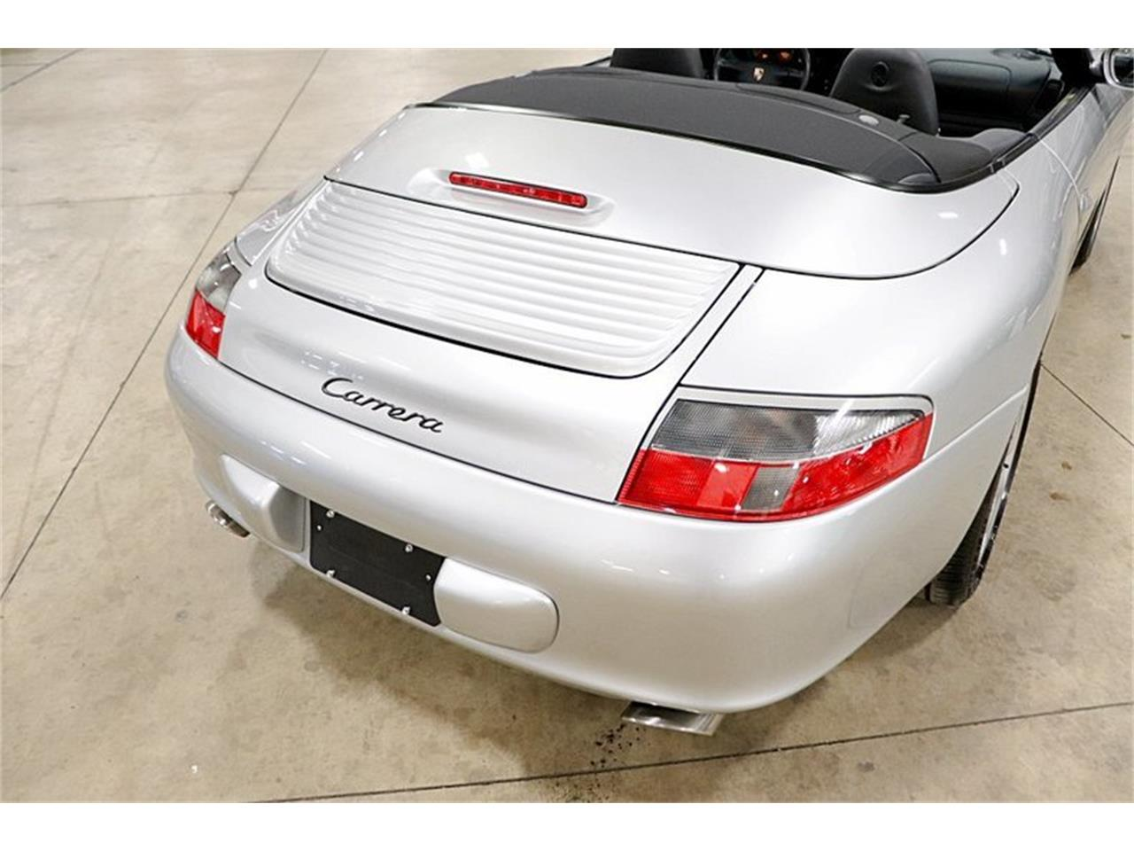 Large Picture of '04 911 located in Kentwood Michigan Offered by GR Auto Gallery - Q409
