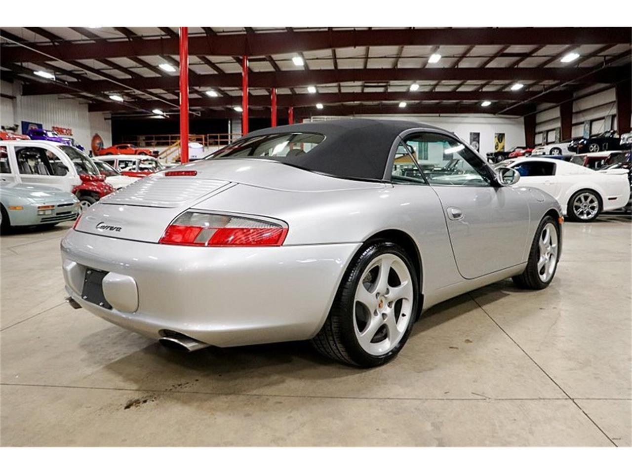 Large Picture of 2004 Porsche 911 located in Kentwood Michigan - Q409