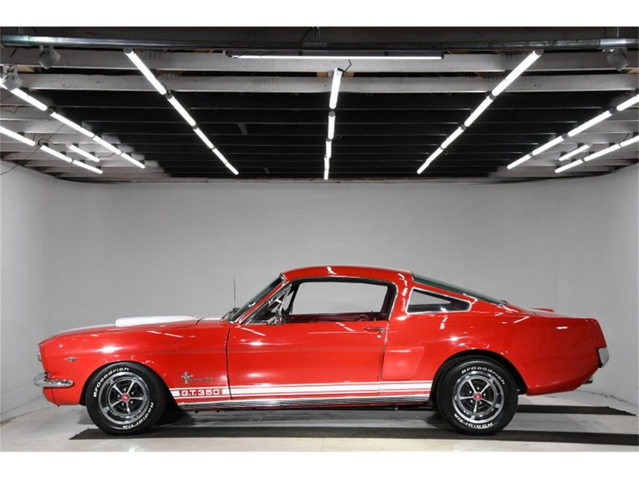 Large Picture of '66 Ford Mustang located in Illinois - $37,998.00 - Q40M