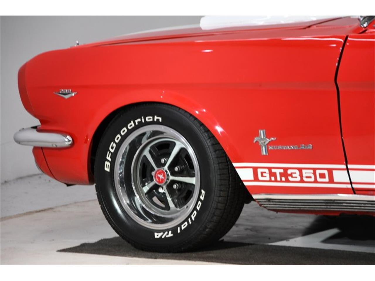 Large Picture of 1966 Mustang located in Illinois - Q40M