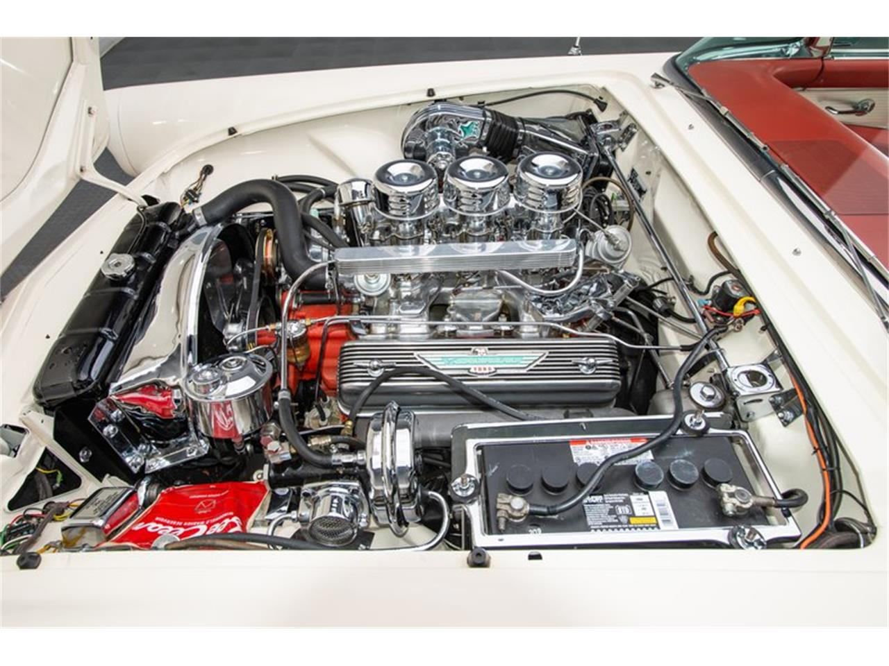 Large Picture of '56 Thunderbird - Q412