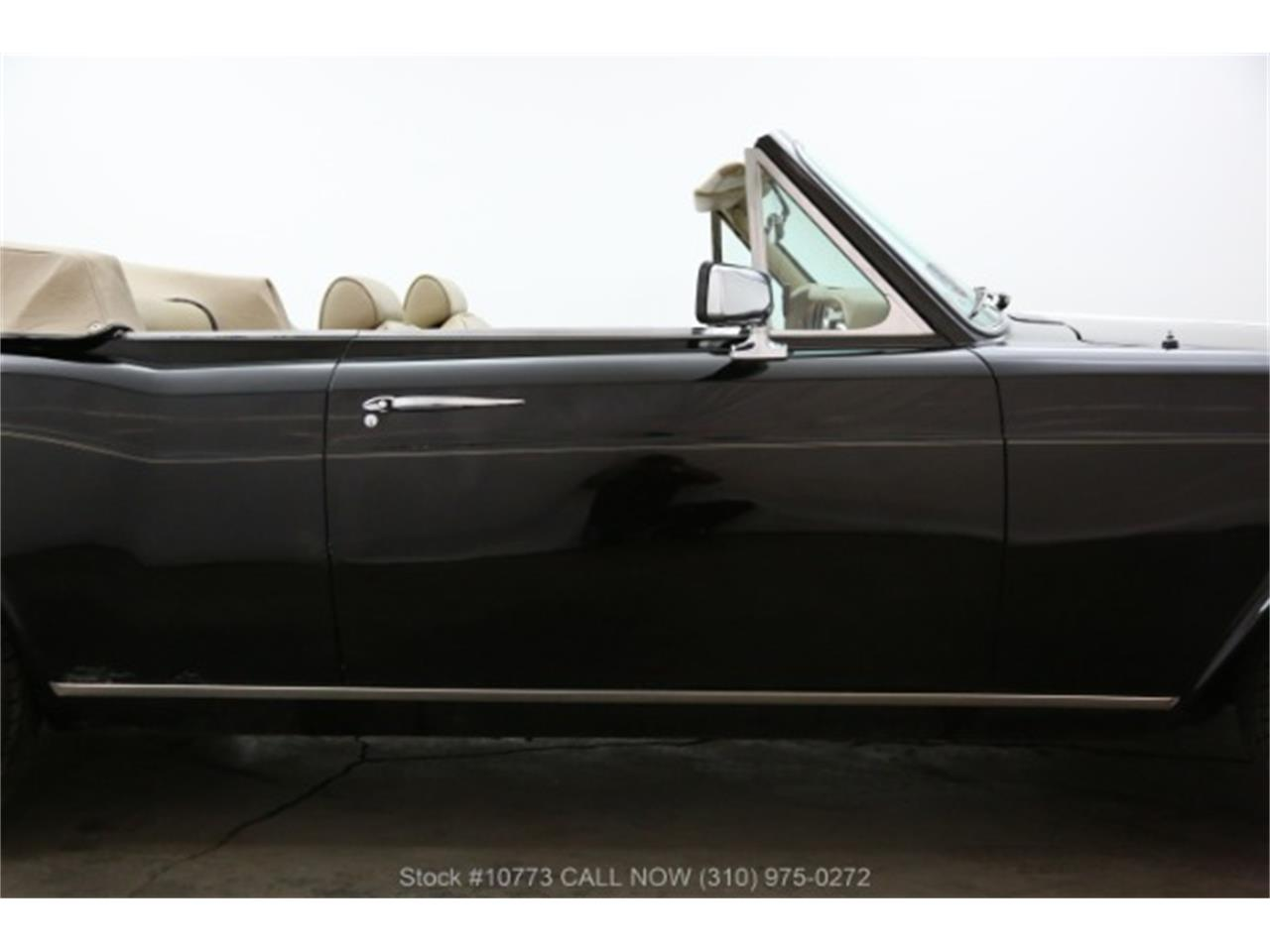 Large Picture of '83 Rolls-Royce Corniche - $29,950.00 - Q413