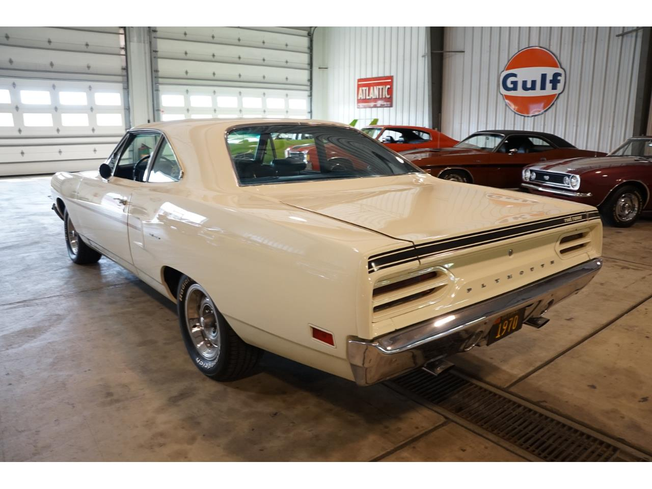 Large Picture of Classic 1970 Plymouth Road Runner - Q41T