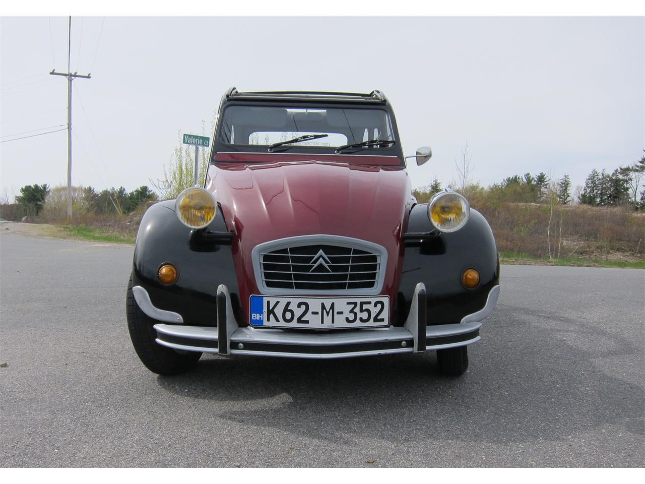 Large Picture of '90 2CV located in New Hampshire Auction Vehicle - Q42X