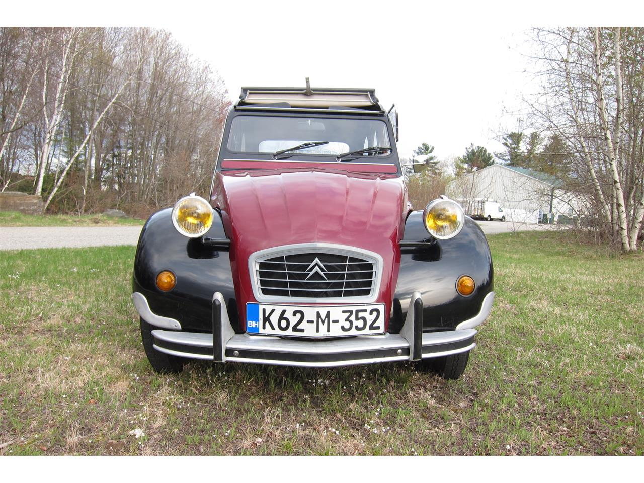 Large Picture of '90 2CV located in Hampstead New Hampshire Offered by Bring A Trailer - Q42X