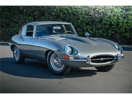 Picture of '65 Jaguar XKE located in California Offered by Bring A Trailer - Q42Z