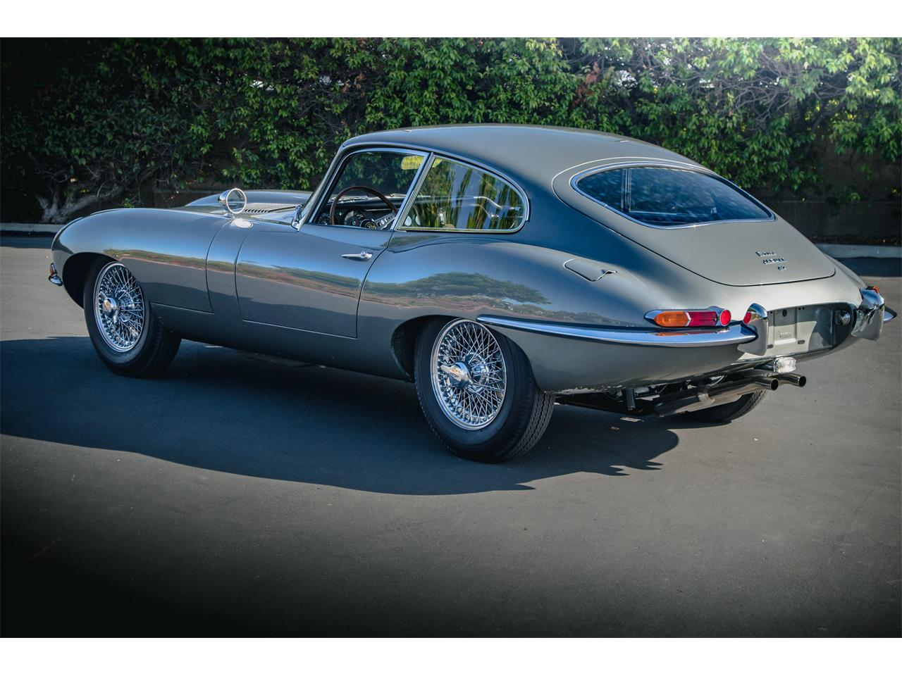 Large Picture of Classic 1965 XKE - Q42Z