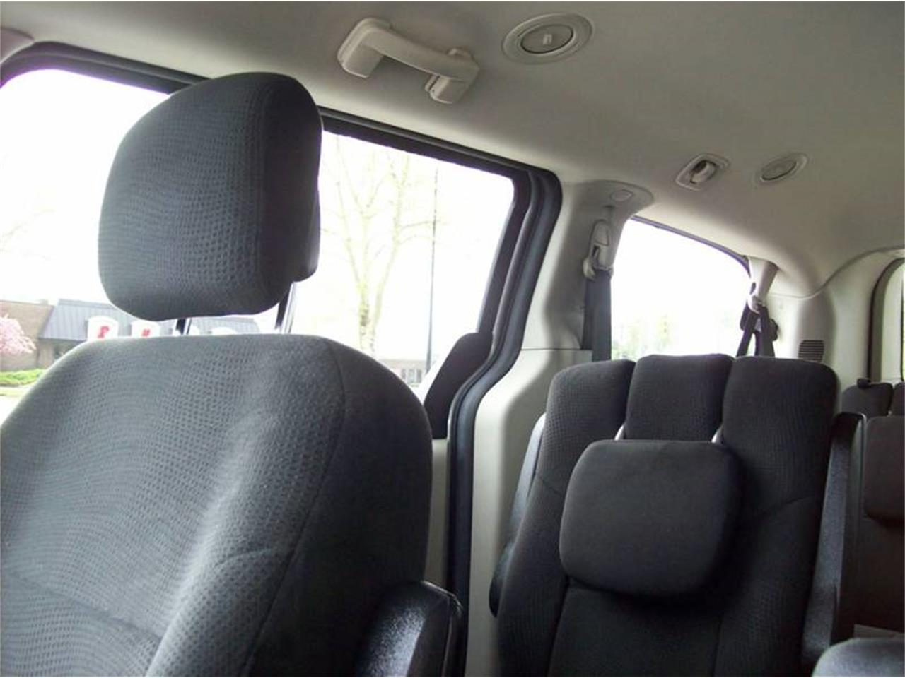 Large Picture of 2013 Dodge Grand Caravan Offered by Verhage Mitsubishi - Q44E