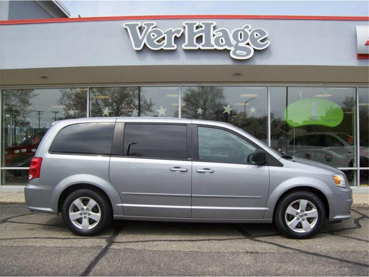 Large Picture of 2013 Grand Caravan located in Michigan Offered by Verhage Mitsubishi - Q44E