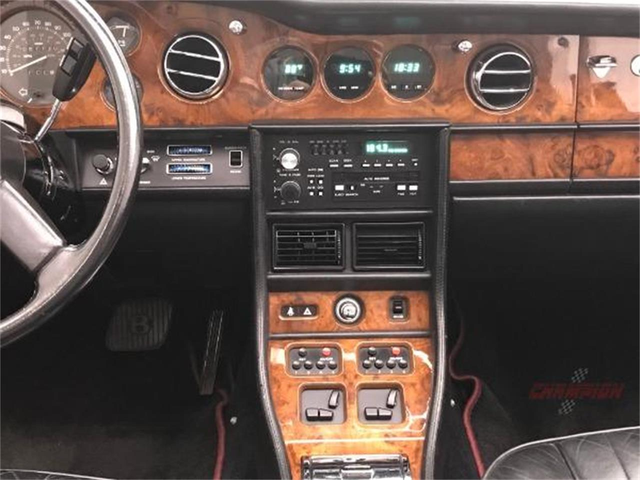 Large Picture of '87 Continental - Q44T