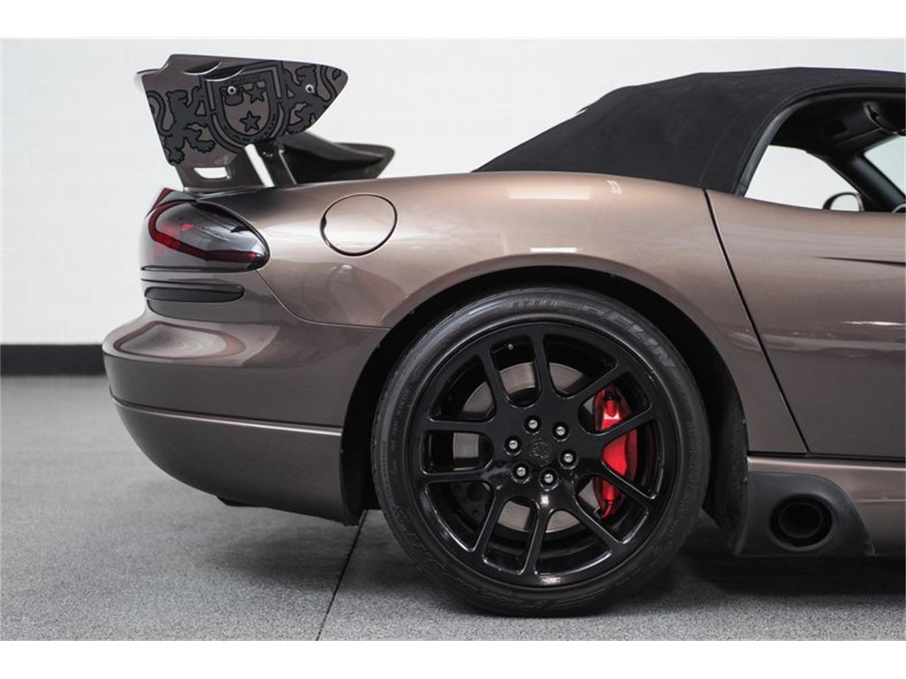 Large Picture of '04 Viper - Q44X