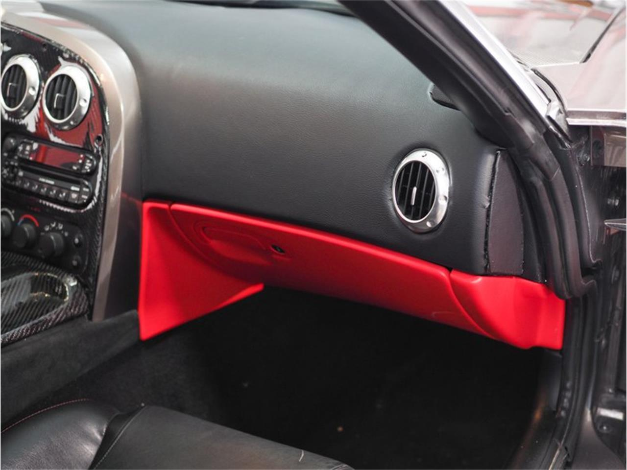 Large Picture of '04 Dodge Viper - $52,000.00 Offered by B5 Motors - Q44X