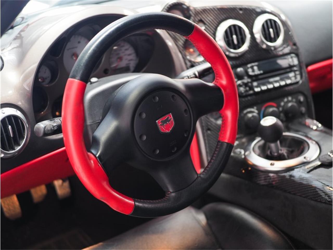 Large Picture of '04 Dodge Viper - $52,000.00 - Q44X