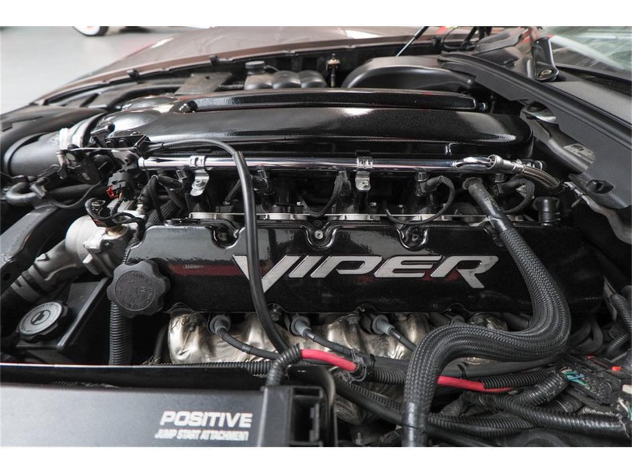 Large Picture of '04 Dodge Viper located in Arizona - Q44X