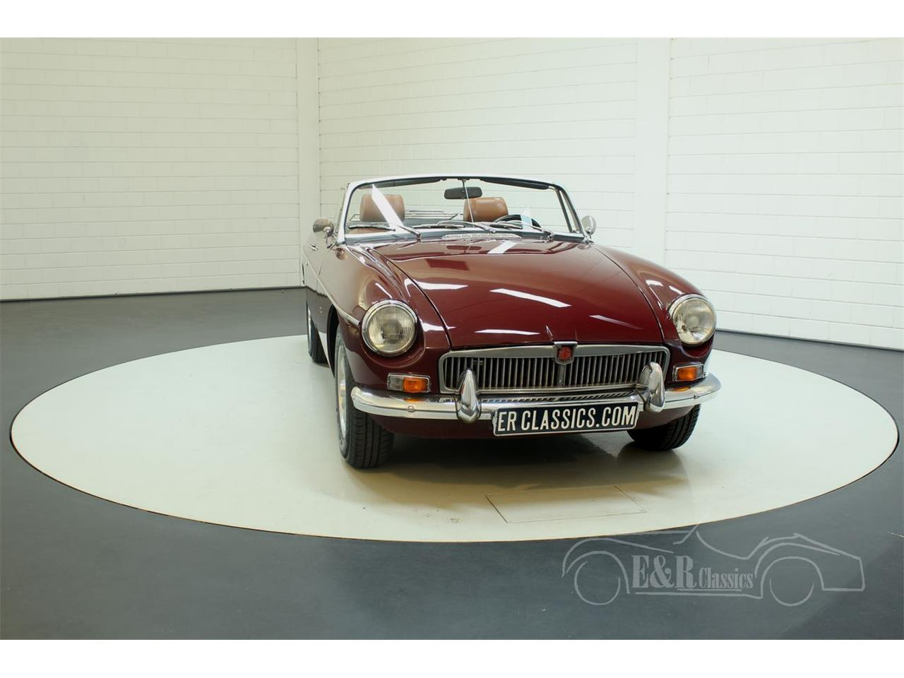 Large Picture of '76 MG MGB Offered by E & R Classics - Q45I