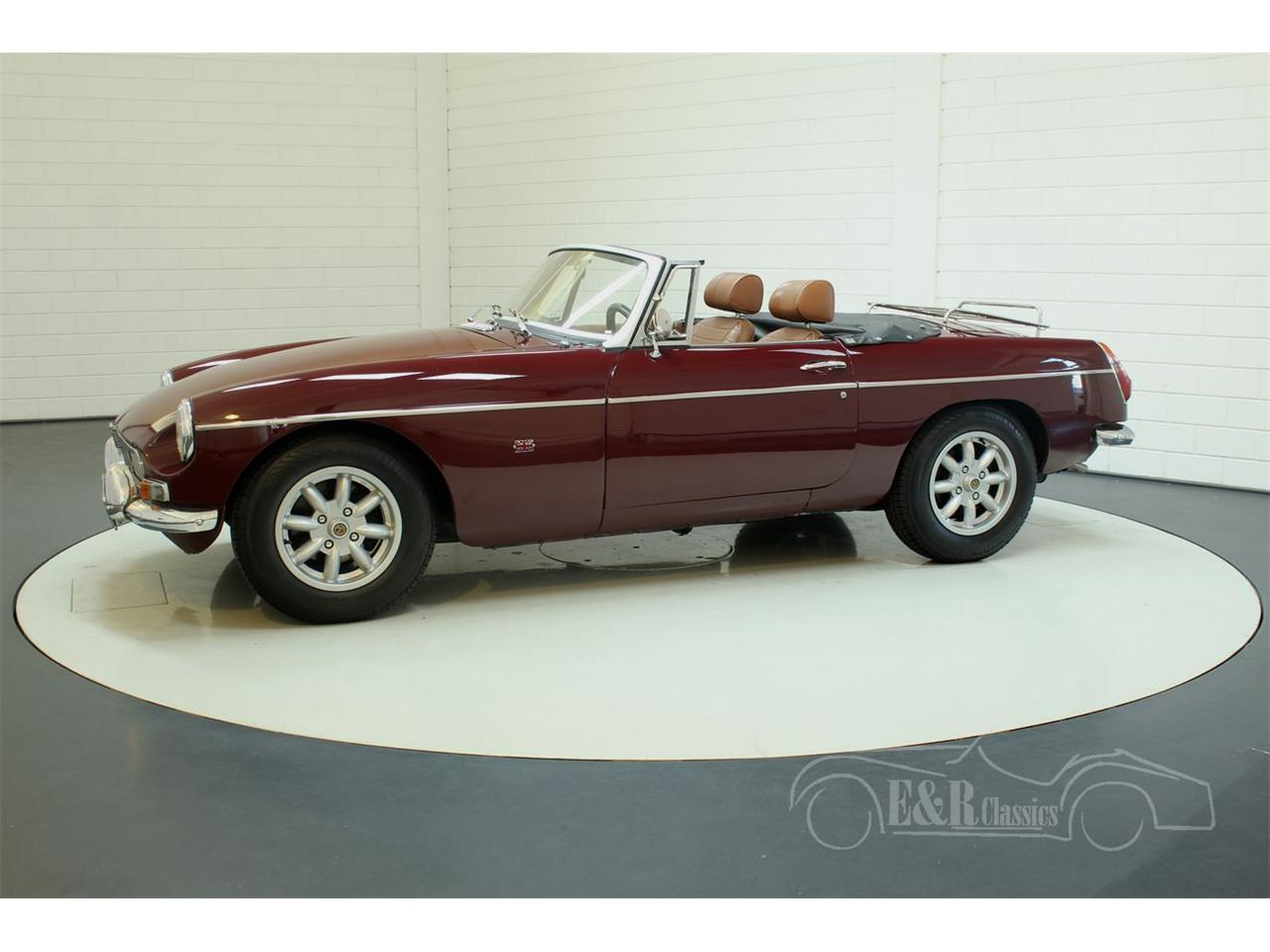Large Picture of 1976 MG MGB Offered by E & R Classics - Q45I