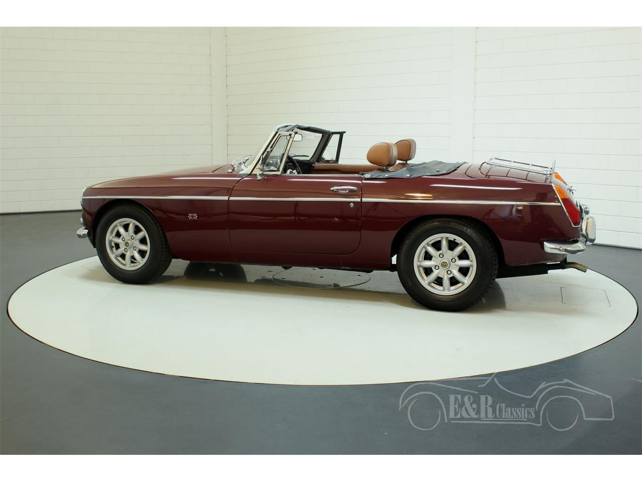 Large Picture of '76 MGB - $22,250.00 Offered by E & R Classics - Q45I