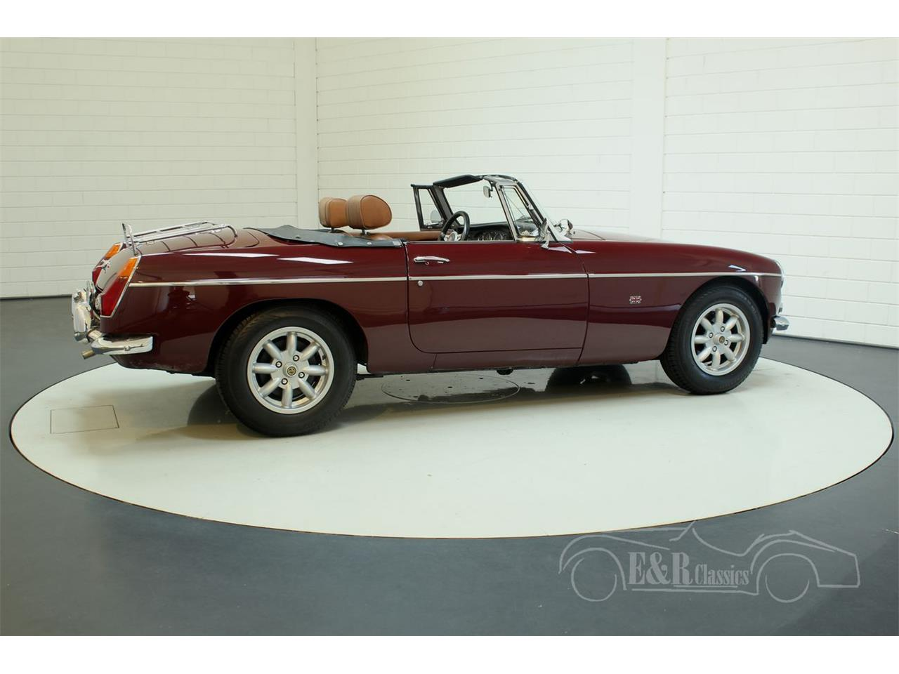 Large Picture of '76 MGB located in Noord-Brabant - $22,250.00 Offered by E & R Classics - Q45I