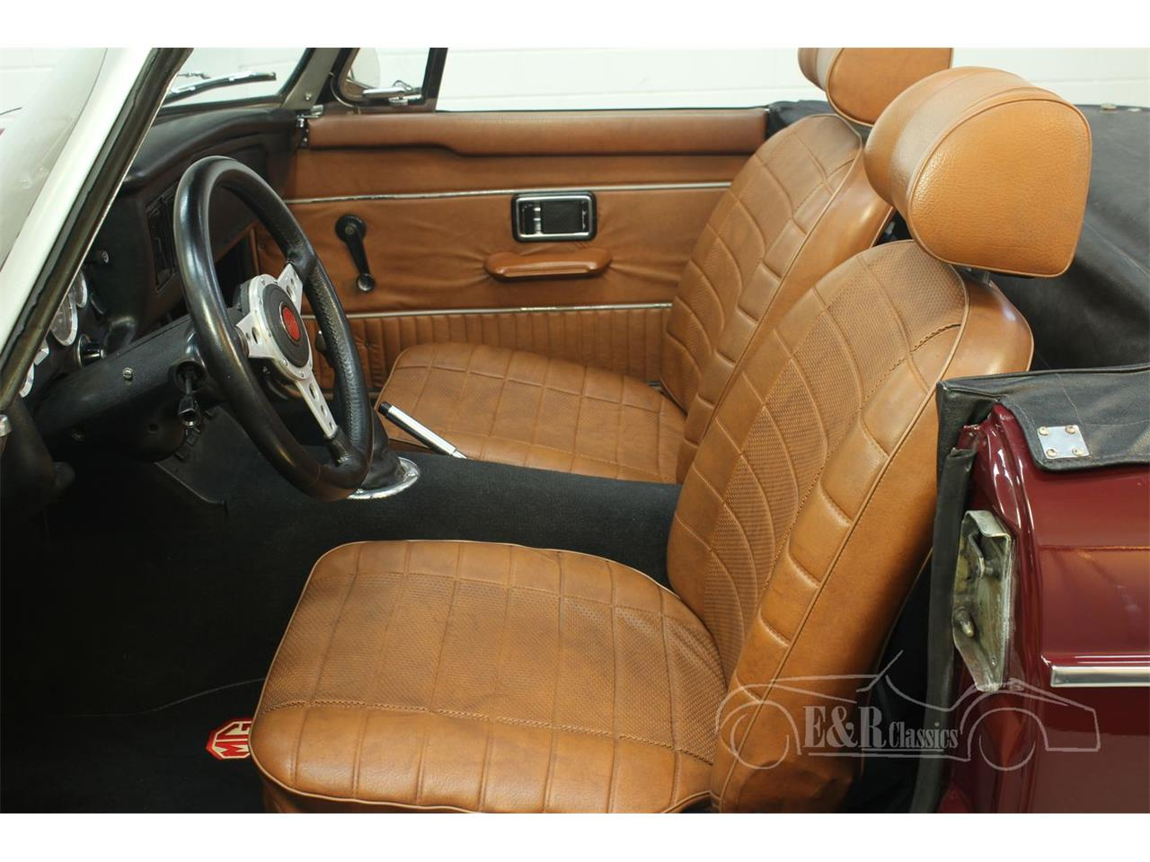 Large Picture of '76 MGB Offered by E & R Classics - Q45I