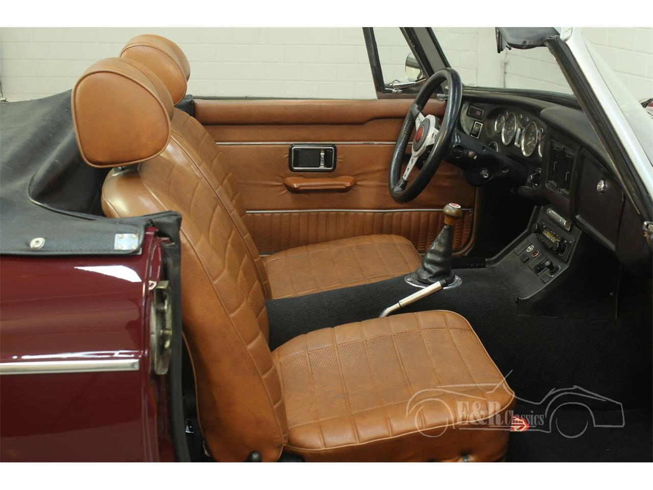 Large Picture of '76 MG MGB located in Waalwijk Noord-Brabant - $22,250.00 Offered by E & R Classics - Q45I
