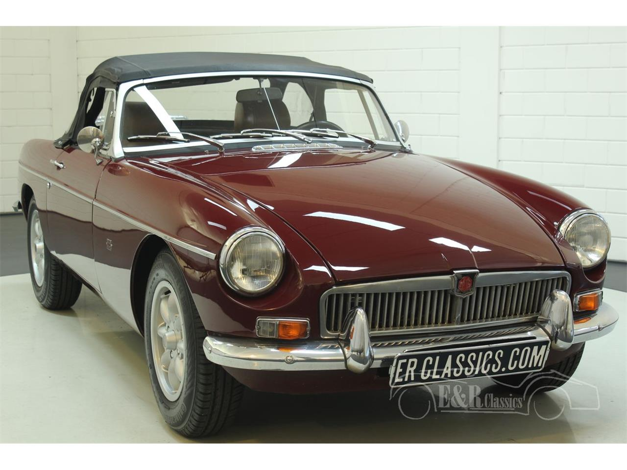 Large Picture of 1976 MGB - $22,250.00 Offered by E & R Classics - Q45I