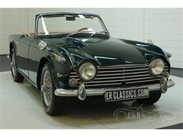 Picture of '67 Triumph TR4 located in Waalwijk Noord-Brabant - Q45O