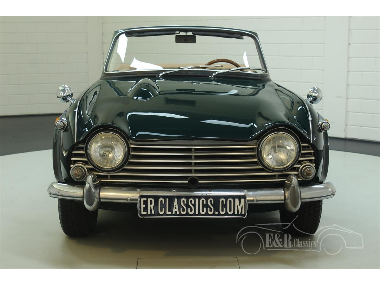 Large Picture of 1967 TR4 Offered by E & R Classics - Q45O