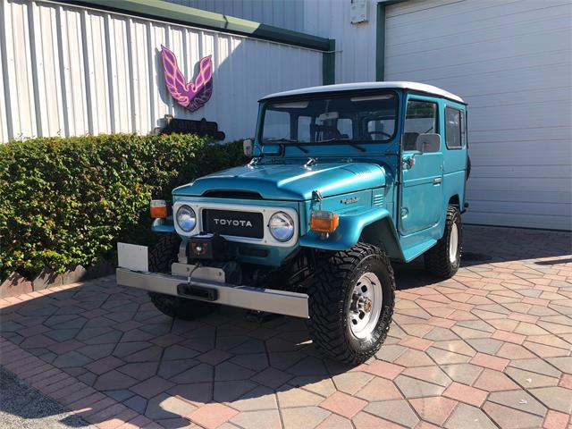 Picture of '84 Land Cruiser FJ40 - Q45P